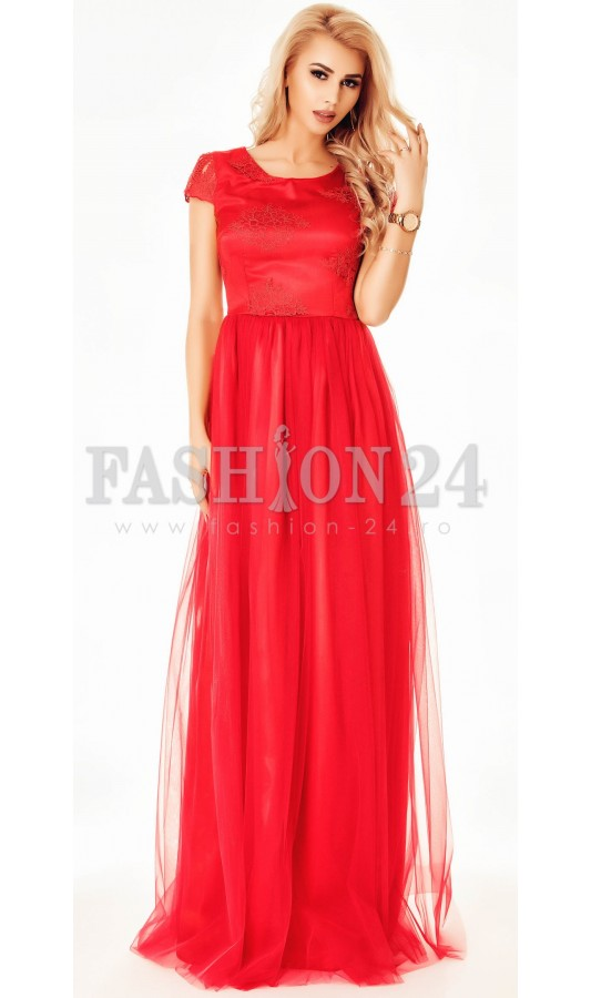 Rochie Red Ornament
